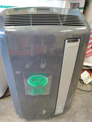 DeLonghi 12,500btu air conditioner fan dehumidifier for Sale in Modesto, CA