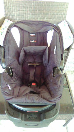 Britax B Safe 35 infant car seat. for Sale in Turlock, CA