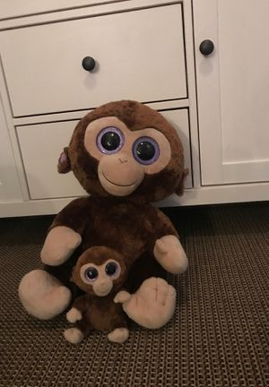 Stuffed animal monkeys with a baby monkey and a mama monkey for Sale in Chino Hills, CA