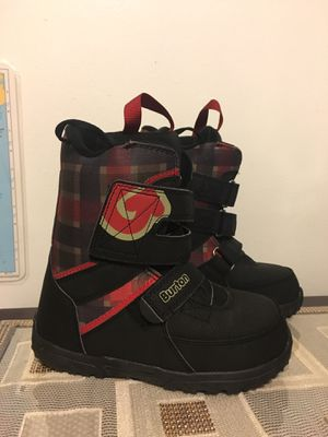 Burton Youth Grom Snowboard Boots Size US 4 Snow Winter Boots for Sale in Kent, WA