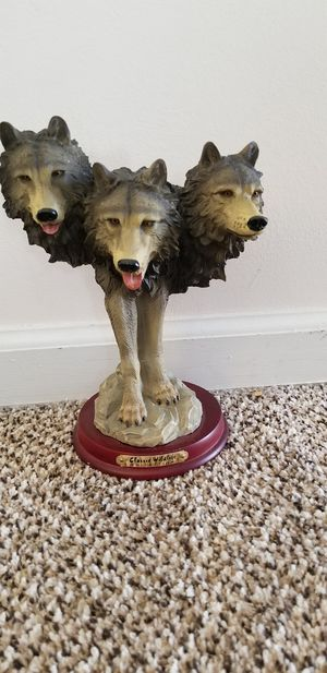 Classic wildlife collection wolf statue for Sale in Clayton, NC
