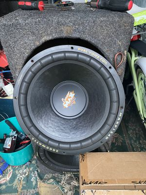 2 15 inch subs in box for Sale in Gainesville, FL