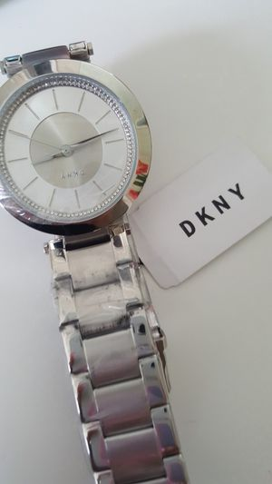 DKNY WOMAN'S WATCH for Sale in Cypress, TX