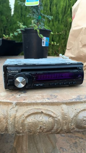 Kenwood KDC-MP142 Radio for Sale in Garden Grove, CA