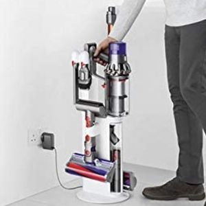 Dyson Cyclone v10 Dok for Sale in Washington, DC