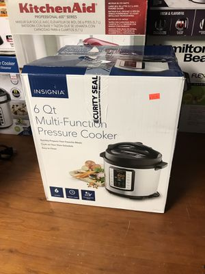 NEW Insignia 6 quart pressure cooker instant pot and rice cooker for Sale in Upland, CA