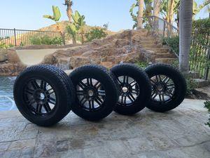 Hankook 275/60 R20 tires w/ 6 lug black metallic XD rims for Sale in Placentia, CA