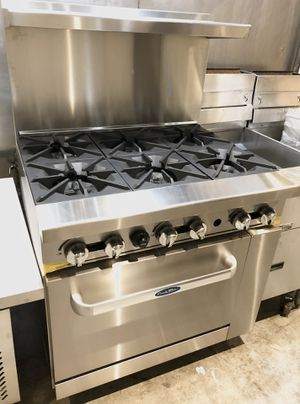 Commercial 6 burner gas range with oven, business for Sale in Kent, WA
