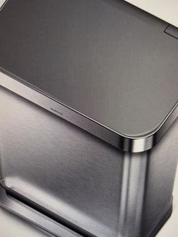 Brand New Simplehuman Trash Can 55L. for Sale in Plainfield,  IL