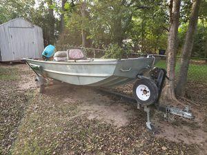 14ft V-Hull jon boat with 25hp evinrude for Sale in Huber, GA