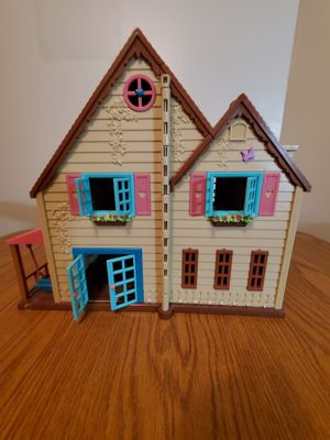 Doll house for Sale in Wichita, KS