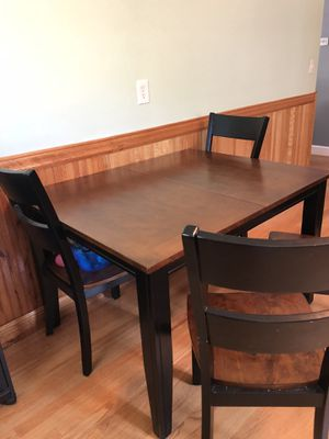 Kitchen table and chairs for Sale in Medford, MA