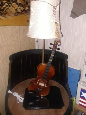 Hand crafted Violin lamp for Sale in Southington, CT