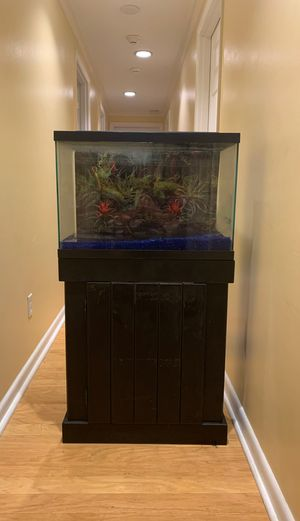 20 Gallon Fish Tank for Sale in Aloma, FL