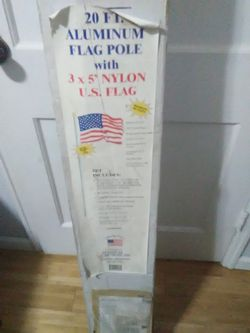 20ft. U.S. Flag Pole & Nylon U S. Flag for Sale in Peoria,  IL