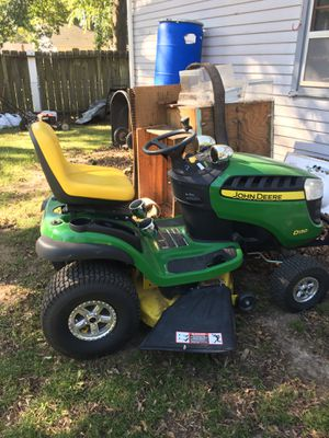 John Deere D130 lawn tractor for Sale in Wichita, KS