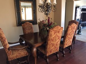 Dining Room Table and Chairs for Sale in Chandler, AZ