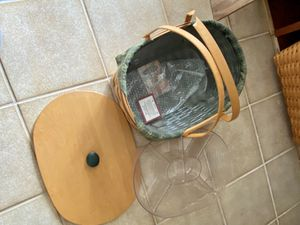 Picnic Longaberger Basket with Top-liner-protector🤩 for Sale in Wantagh, NY