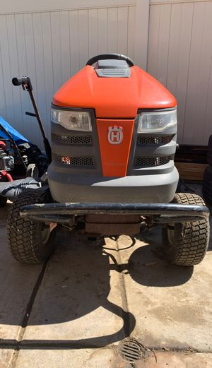 Husqvarna YTH2348 Riding Lawnmower for Sale in Temecula, CA