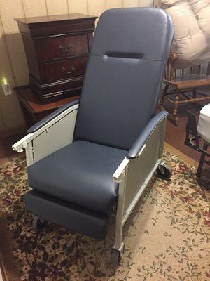 Geri Chair for Sale in Alexandria, LA