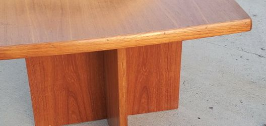 Danish Mid Century End Table for Sale in San Diego,  CA