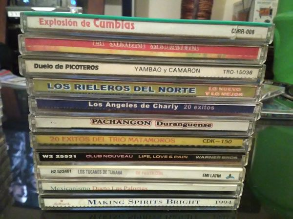 LOT OF 21 HISPANIC CDS