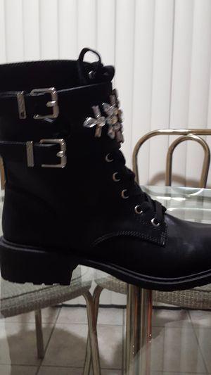 Women's boots (Circus) for Sale in Phoenix, AZ