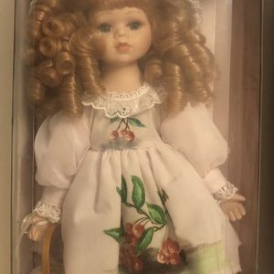 Collectible Porcelain Doll for Sale in Portland, TX