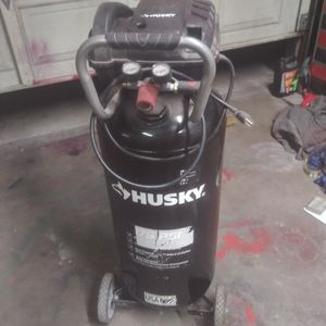 $100 Husky 20Gal. 1.3 HP. Only About 3hrs Of Run Time Pretty Much Brand New for Sale in Turlock, CA