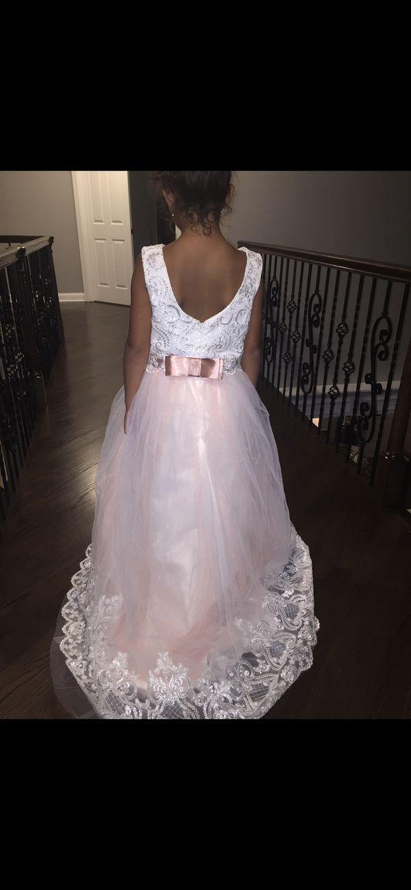 Flower girl dress custom made size 9/never worn