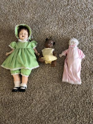Set of four antique dolls. for Sale in Moreno Valley, CA