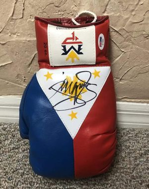 """Manny """"Pacman """" Pacquiao Boxing Glove for Sale in Lathrop, CA"""