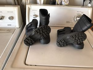 I have all kinds of kids shoes,vans,snow boots,soccer cleats for Sale in Ontario, CA