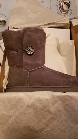 UGG boots for Sale in UPPER ARLNGTN, OH