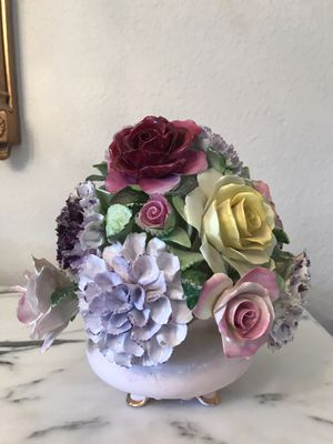 Antique English Royal Adderley Floral Bouquet for Sale in Plano, TX