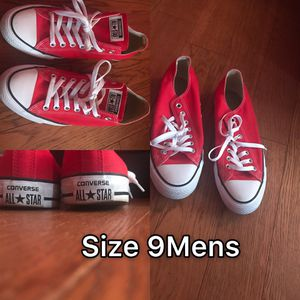 Red & White Converse for Sale in Lake Wales, FL