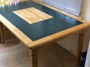 Maple dining table for Sale in Los Angeles, CA