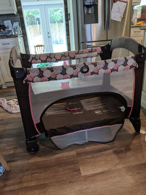 Pack and play for Sale in Port St. Lucie, FL