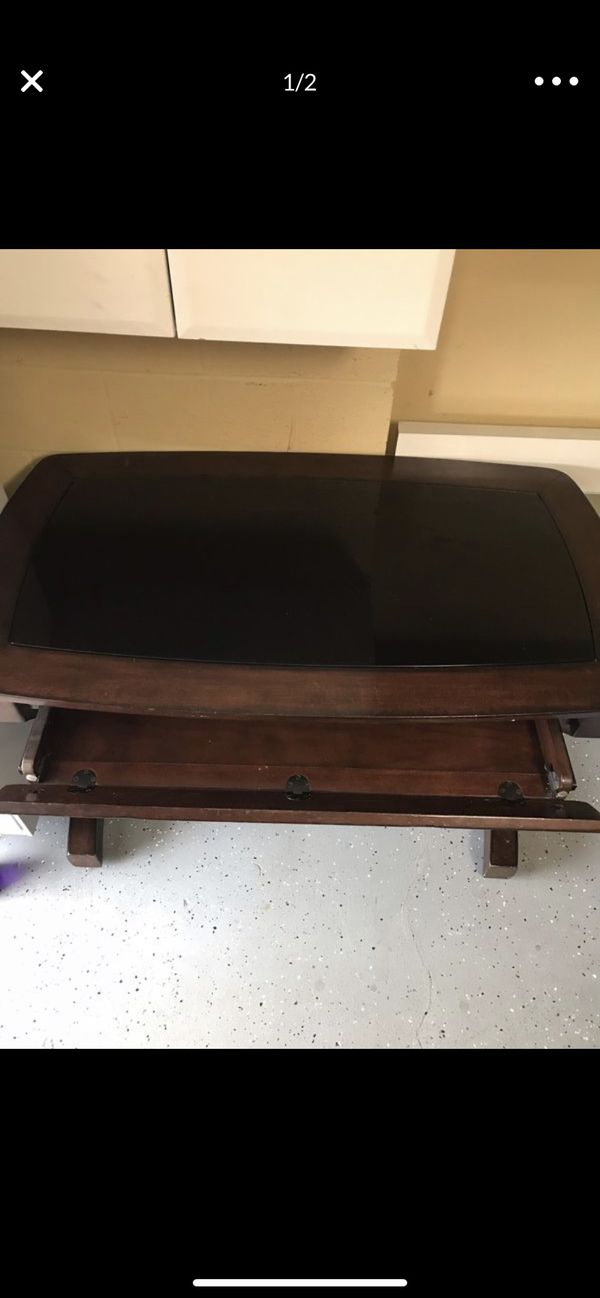 Wood glass desk Perfect condition
