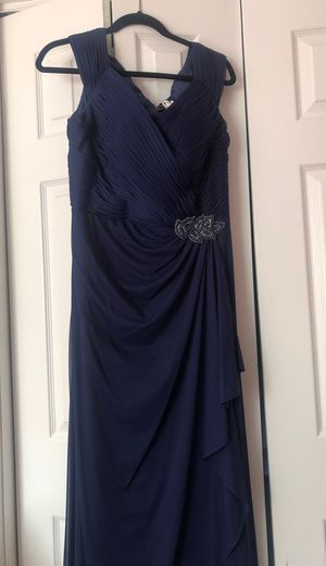Maid of honor dress for Sale in Charlotte, NC