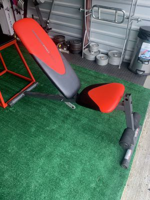 WeiderPro 255 Adjustable Weight Bench - $110 for Sale in Cleveland, OH