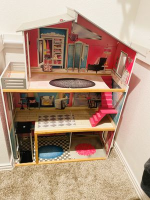 Barbie Doll House Deluxe plus much More!!!! for Sale in Little Elm, TX