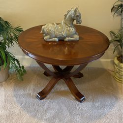 Solid Wood Round Table for Sale in Issaquah,  WA