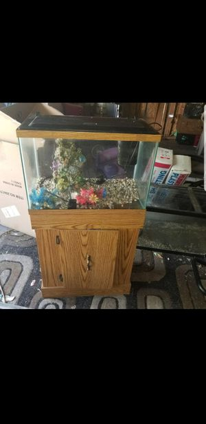 Fish tank and stand for Sale in Saint Clair Shores, MI