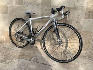 Trek road bike for Sale in Hialeah, FL