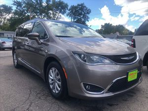 2017 Chrysler Pacifica for Sale in Detroit, MI