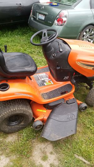 2011 Ariens 46 in 20 HP Riding Lawn Tractor Model 960460023 for Sale in Auburn, WA