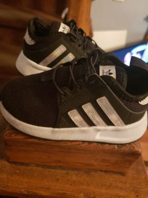 7c sneakers for Sale in Springfield, MA