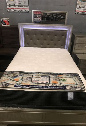 Lyssa Queen Size Bed frame for Sale in Kentwood, MI