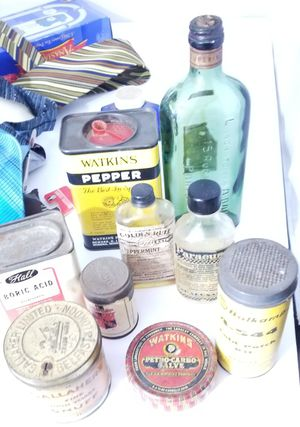 Antiques Bottles and Tins for Sale in Youngstown, OH